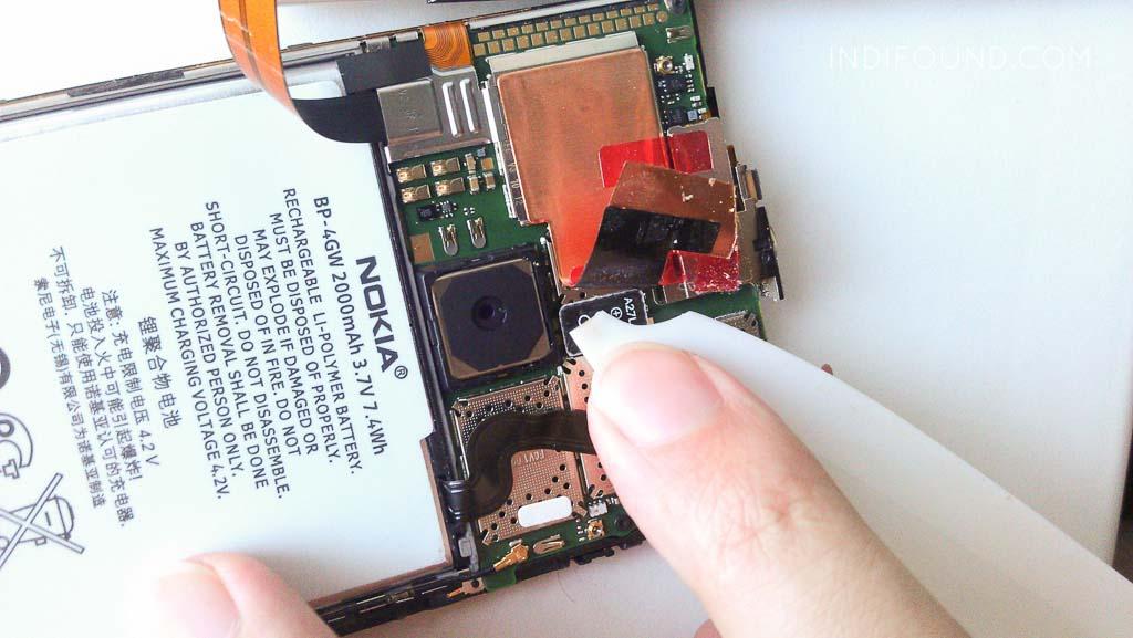 установка аккумулятора lumia 920