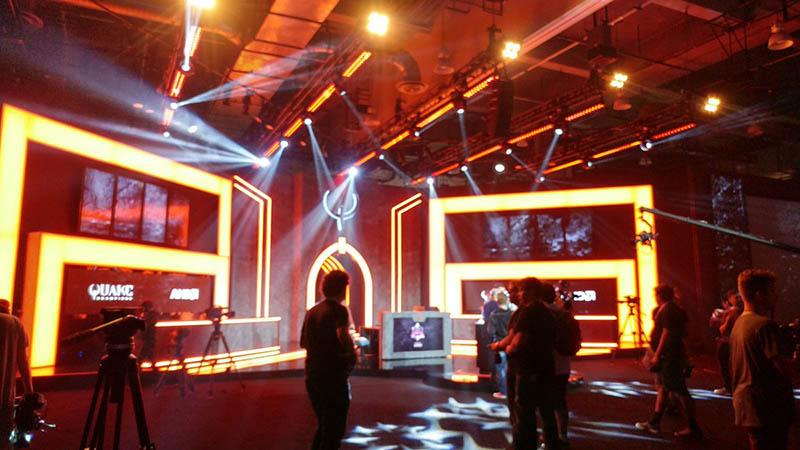 зал чемпионата quakecon 2017